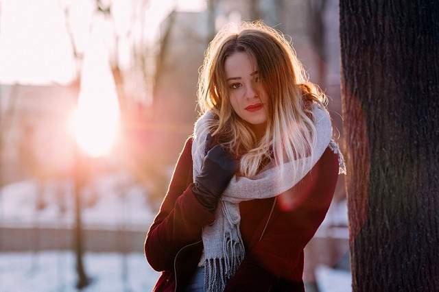 Ragazza freddo